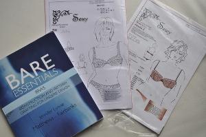 Mein schöens Buch und die beiden Schnittmuster: Julie und Amelie von Sewy